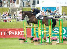 The Lincolnshire Show Midday Stakes Showjumping